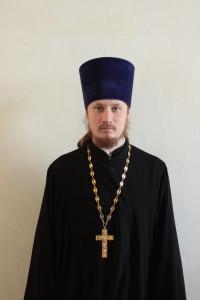 Настоятель храма иерей Роман Посыпкин